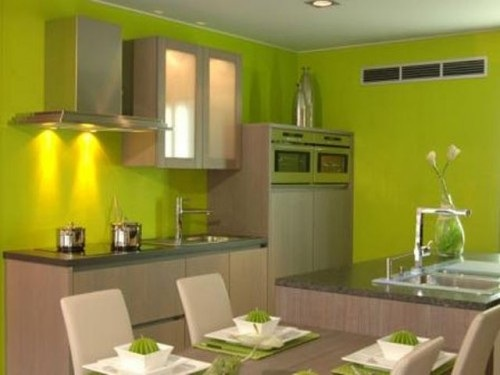 10 cocinas en color verde refrescantes for Colores de pared para cocina