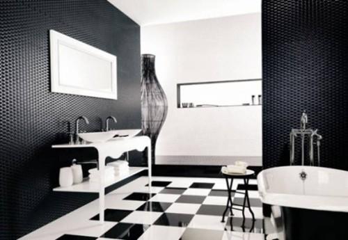 baño blanco y negro con paredes 3d