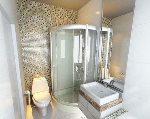 baño pequeño con azulejos terrosos
