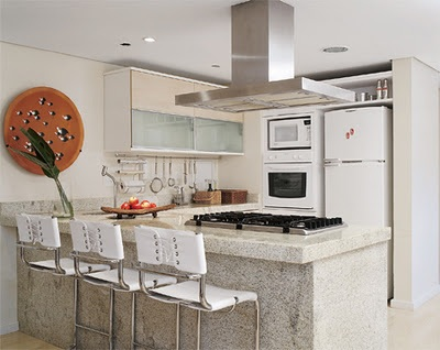 Fotos cocinas peque as con barra for Barra auxiliar para cocina