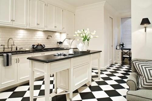 cocina con piso de ajedrez