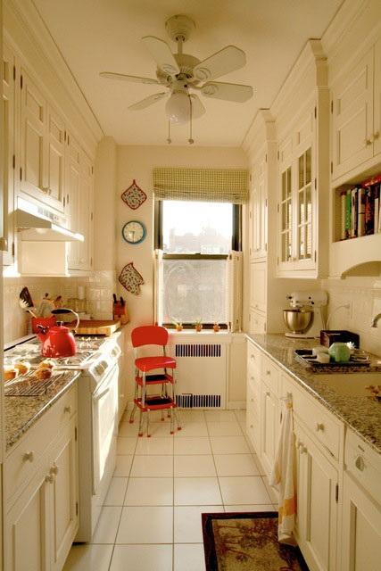 Cocinas galera maximizar espacio for Small galley kitchen ideas on a budget