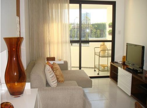 Remodelar tu sala peque a con bajo presupuesto for Modelos de apartamentos modernos y pequenos