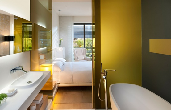 Baños Amarillos Pequenos: para incluir el amarillo en la decoración y diseño de tu baño