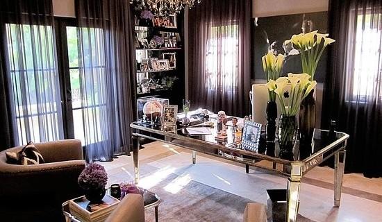 oficina-paredes-marrón-chocolate