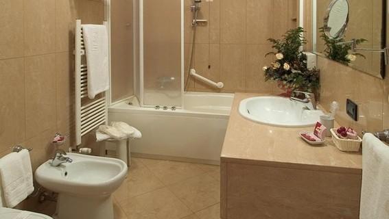 diseño-baño-con-tina-bañera-4