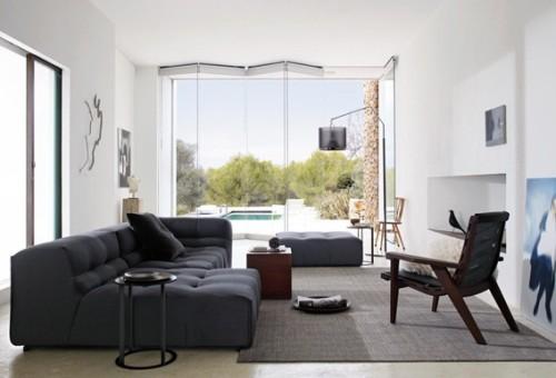 sala-decorada-sofá-azul