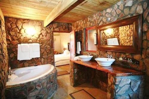 diseño baño rustico