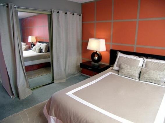 15 dormitorios con espejos for Espejo grande habitacion