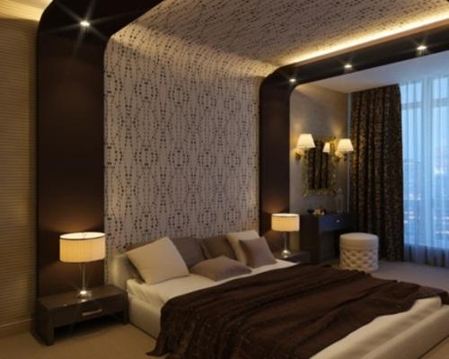 dormitorio pareja marron y blanco