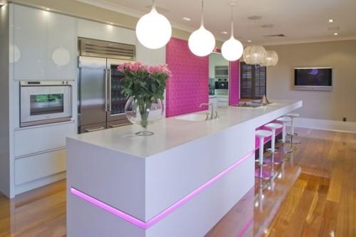 diseño cocina color rosa