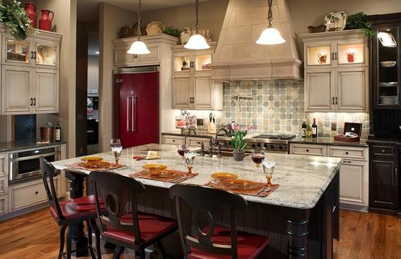 Spanish Kitchen Design Ideas With Red Color Marble ~ Acogedoras cocinas estilo mediterráneo
