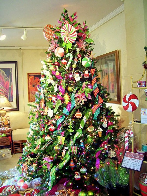 5 rboles de navidad decorados con dulces - Arboles de navidad decorados 2013 ...