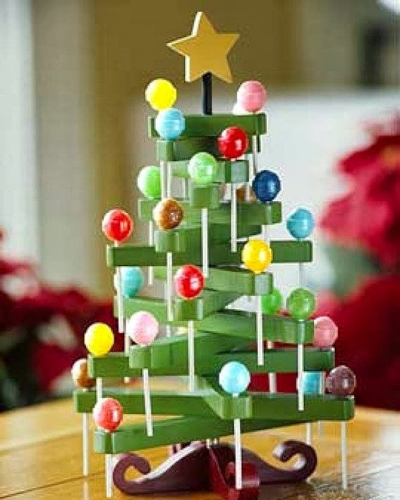5 rboles de navidad decorados con dulces for Adornos originales para navidad