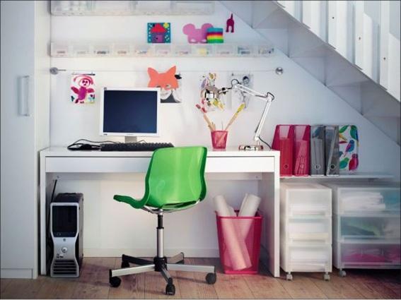15 ideas de oficinas bajo la escalera