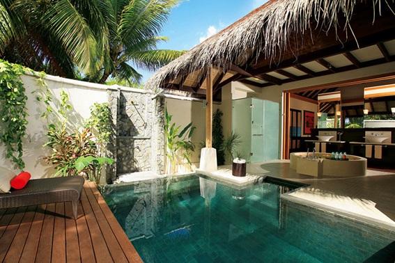 15 lindos dise os de piscinas para el hogar for Diseno de patios con piscina